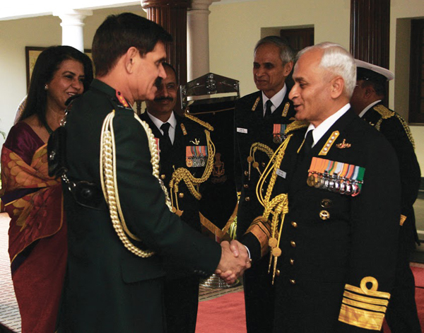 pic_9-_cns_meeting_coas_during_the_navy_day_reception