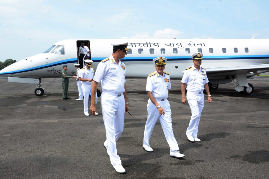 Admiral Sunil Lanba being received by Vice Admiral AR Karve