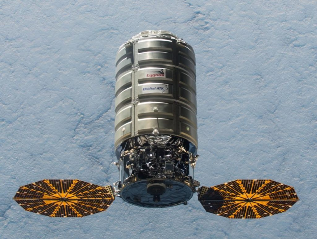iss-45_cygnus_5_approaching_the_iss_1100_1_0